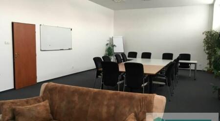 Pronájem zcela nového kancelářského prostoru o výměře 100 m2 v Olomouci