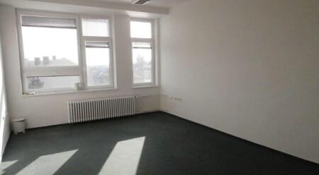 Pronájem kanceláří o výměře 74 m2 s parkováním v Olomouci.
