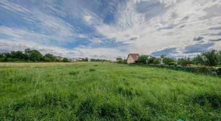 Prodej lukrativního stavebního pozemku v obci Bystrovany u Olomouce.